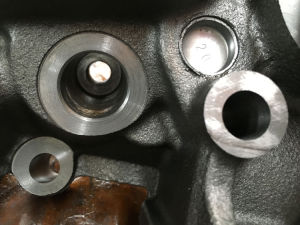 Factory Supply Cummins Natural Gas 6bt Cylinder Head 2539254/3922739/3922691 pictures & photos