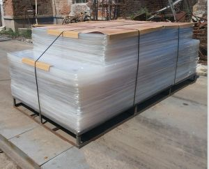 4X6′ and 4X8′ Clear Transparent Acrylic Plexiglass Board pictures & photos