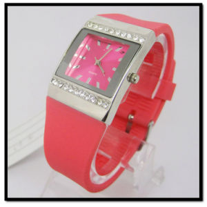 Red Stone Quartz Silicone Band Gift Watch pictures & photos