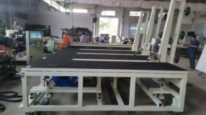 New Design CNC Glass Cutting Table with Loading Function pictures & photos