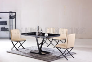 Modern Fashion Temper Glass Top with Paint Steel Foot Dining Table (NK-DT038)