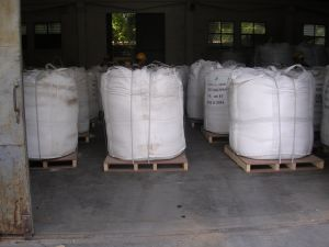 Feed Grade Zinc Oxide with High Quality Zn80% pictures & photos