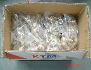 Wall-Plated Female Tee for Ktm Pex Pipe and Gas Pipe pictures & photos
