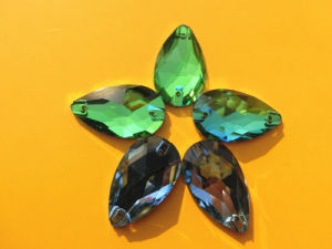 High Quality Glass Garment Stone in Bulk pictures & photos