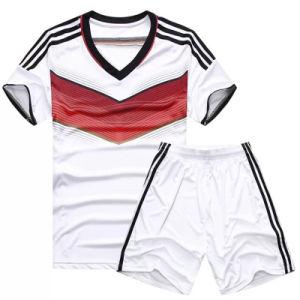 Custom Cheap Split Joint Soccer Uniform pictures & photos