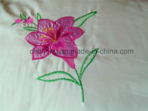 3PCS Bleached White 100% Polyester Flower Embroidered Bedsheet Set pictures & photos