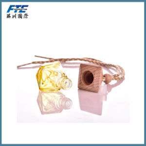 Small Car Perfume Bottle With Wooden Cap pictures & photos