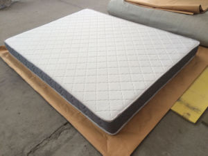 Traditional Tight Top High Rebounce Latex Foam Royal Mattress Roll up Into a Box pictures & photos
