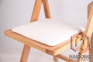 Wooden Folding Wedding Chair for Banqueting pictures & photos