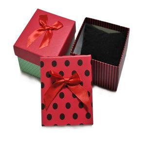 2016 Fashionable Gift Box Printing pictures & photos