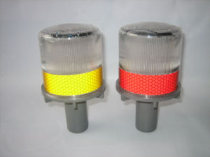 4PCS LED Solar Power Warning Lamp for Sale pictures & photos
