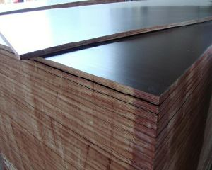 Phenolic Poplar Film Faced Plywood for Construction 18mm pictures & photos