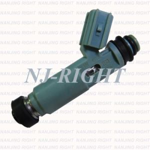 Denso Fuel Injector 23250-28020 for Toyota 2.4L pictures & photos