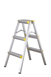 En131 Double Side Aluminium Ladder Sell to Japan pictures & photos