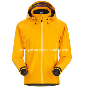 Soft-Shell Hooded Long-Sleeved Waterproof Jacket pictures & photos