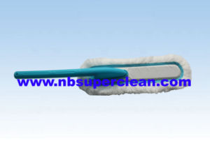Microfiber Yarn Washable Feather Duster (CN1129) pictures & photos