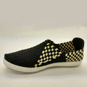New Comfortable Knitted Wool Shoes Flyknit Sneakers pictures & photos