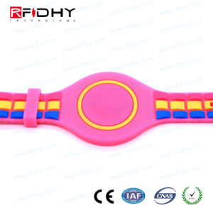 Fashion Stylish RFID Wristband with TPU Material pictures & photos