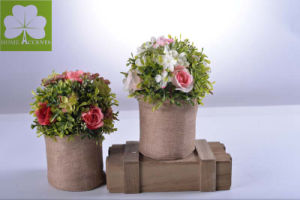 Plastic Flowers Rose and Babytears in The Flax Bag for Christamas Decoration pictures & photos