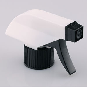 PP Handhold Pressure Plastic Trigger Sprayer for Cleaning pictures & photos