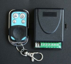 Universal Remote Control Set 433MHz Can Learn Fixed Code, Learning Code and Part of Rolling Code pictures & photos