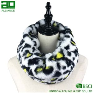 Winter Fashion Faux Fur Snood Scarf pictures & photos