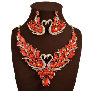 Fashion Swan Colorful Crystal Necklaces Earrings 2 PCS Set Jewelry pictures & photos