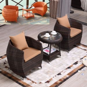 Foshan Cheap Garden Furniture Outdoor Rattan / Wicker Table and Chairs (Z318) pictures & photos