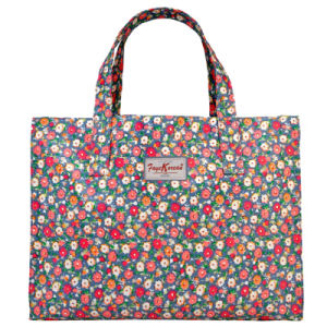 Large Capacity Waterproof Canvas Floral Pattern Travel Bag (68140)