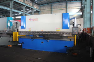 WF67K 100T/4000 Chinese Hydraulic CNC Bending Machine pictures & photos