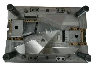 China High Precision Plastic Injection Mold and Molding Car Grille pictures & photos
