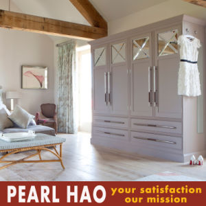 Customized Australia Style MDF Wooden Bedroom Wardrobe Closet pictures & photos