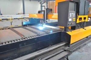 Gantry Type CNC Wearing Plate Welding Machine pictures & photos