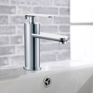 Single Lever Chrome Finish Bathroom Sink Faucet
