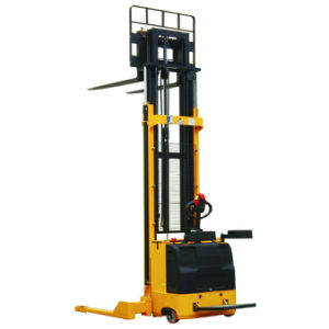 Full Electric Stacker 5500m Lifting Height pictures & photos