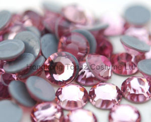 Best Czech Crystal Preciosa Hot Fix Rhinestone for Clothing (SS10 Pink /4A grade) pictures & photos