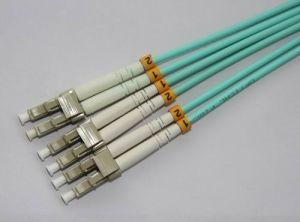 Y Type 2LC/UPC-4LC/UPC OM3 50/125 DX-3.0mm Fiber Cable