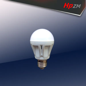 E27 B22 High Power Aluminum with Plastic LED Bulb Light pictures & photos
