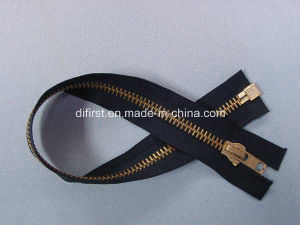 Brass Zipper with Fashion Puller pictures & photos