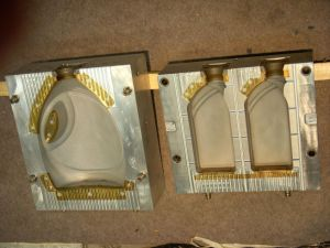 PE Extrusion Mould pictures & photos