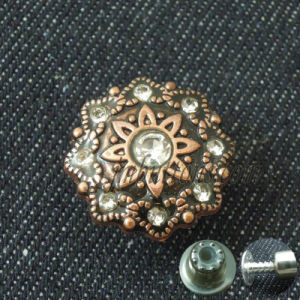 Fashion Women Jeans Glass Crystal Fix Metal Button pictures & photos