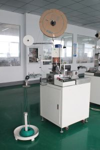 Automatic Single-End Terminal Crimping Machine with High Quality pictures & photos