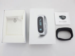 2 in 1 Dual Chip Bluetooth Earphone Smart Bracelet Calorie Pedometer pictures & photos