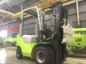 Isuzu Engine 3 Ton Diesel Forklift with Rotating Clamp pictures & photos