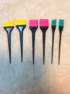 Professional Rubber Tint Brush Rubber Hair Color Brush (T025) pictures & photos