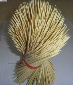 BBQ Skewers Wholesale Bamboo Stricks of China pictures & photos