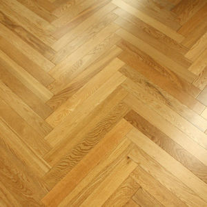Herringbone Antique Brushed Natural Oak Engineered Wood Flooring pictures & photos