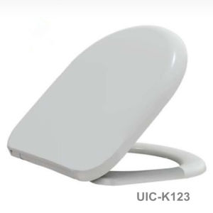 Duroplast Toilet Seat with Good Quality pictures & photos