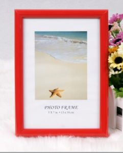 Plastic Photo Frame (M-BD-Red)
