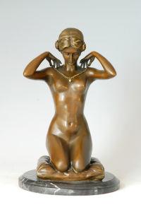 Bronze Sculpture (EP-224)